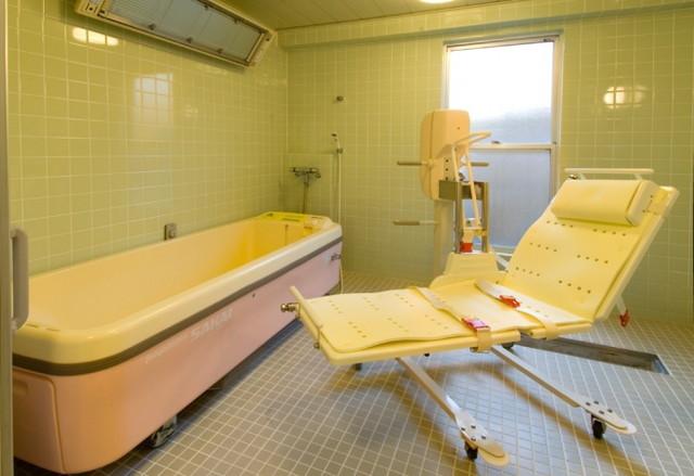 ライフコミューンふじみ野(介護付有料老人ホーム)の画像(6)機械浴