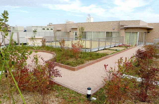 ライフコミューンふじみ野(介護付有料老人ホーム)の画像(8)屋上庭園
