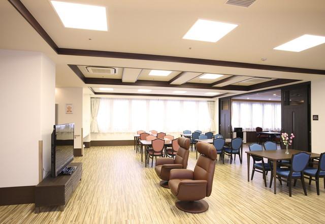 ソラスト大宮東(介護付有料老人ホーム)の画像(12)リビングルーム