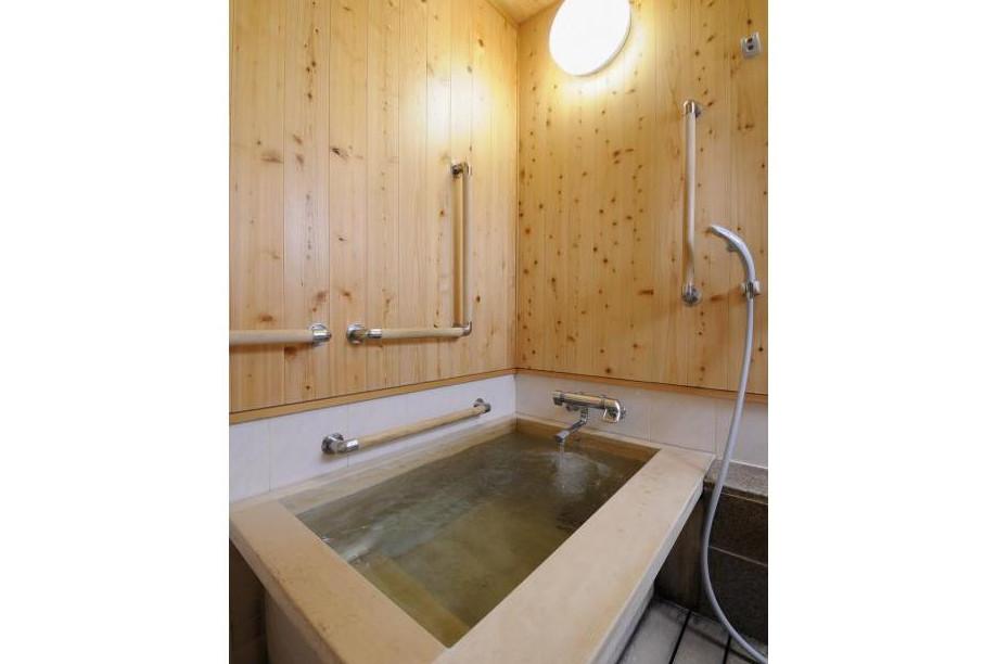 リハビリホームボンセジュール南千束(介護付有料老人ホーム(一般型特定施設入居者生活介護))の画像(7)1F 個人浴室