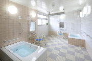 まどか南与野(サービス付き高齢者向け住宅/介護付有料老人ホーム(一般型特定施設入居者生活介護))の画像(5)1F 浴室