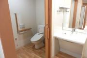 ココファン南越谷(サービス付き高齢者向け住宅)の画像(8)トイレ
