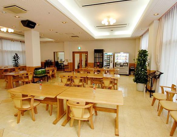 応援家族越谷(介護付有料老人ホーム)の画像(3)食堂
