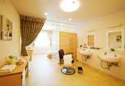 SOMPOケア ラヴィーレ越谷(介護付有料老人ホーム)の画像(10)理美容室