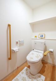 SOMPOケア ラヴィーレ越谷(介護付有料老人ホーム)の画像(13)居室 トイレ