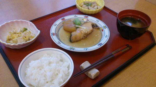 センチュリーシティ北浦和(介護付有料老人ホーム)の画像(14)食事例①