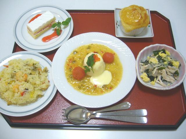 センチュリーシティ北浦和(介護付有料老人ホーム)の画像(15)食事例②