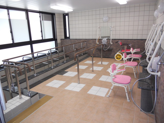 蒲生めいせい(介護付有料老人ホーム)の画像(7)大浴場