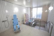 メディカル・リハビリホームまどか浦和領家(介護付有料老人ホーム(一般型特定施設入居者生活介護))の画像(6)1F 浴室