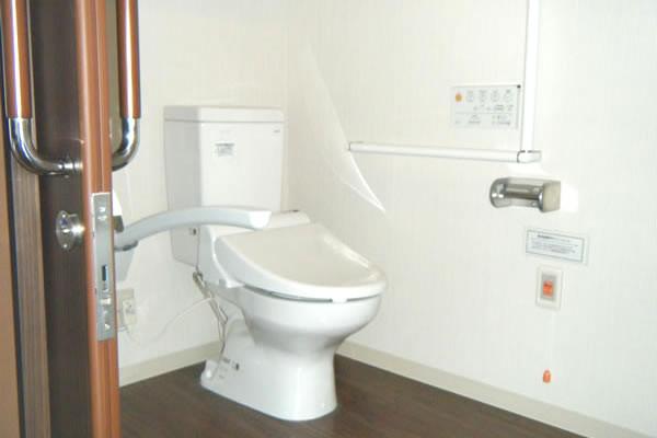 ココファン鴻巣(サービス付き高齢者向け住宅)の画像(7)居室内トイレ
