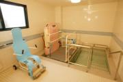 メディカルホームまどか武蔵浦和(介護付有料老人ホーム(一般型特定施設入居者生活介護))の画像(7)1F 浴室