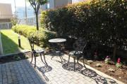 メディカルホームまどか武蔵浦和(介護付有料老人ホーム(一般型特定施設入居者生活介護))の画像(9)1F 中庭