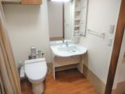 グッドタイムナーシングホーム・東浦和(介護付有料老人ホーム)の画像(13)居室/トイレ