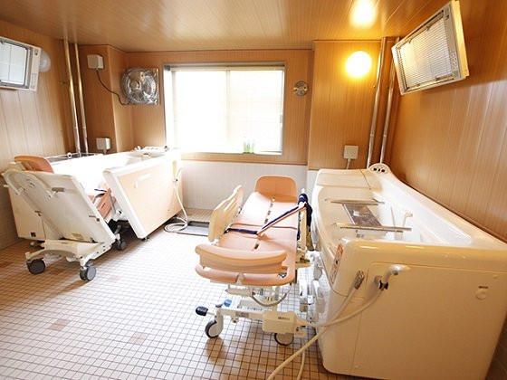 アンサンブル浦和(介護付有料老人ホーム)の画像(3)浴室