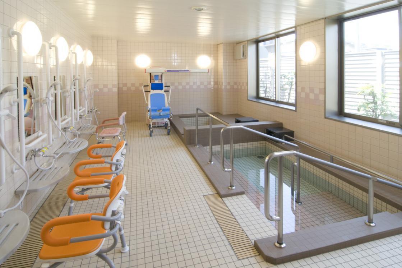 メディカルホームここち東岩槻(介護付有料老人ホーム(一般型特定施設入居者生活介護))の画像(7)1F 浴室
