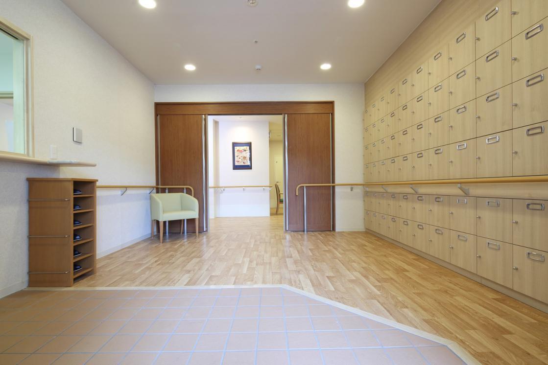 ここち多摩川・大田(介護付有料老人ホーム(一般型特定施設入居者生活介護))の画像(3)1F エントランス