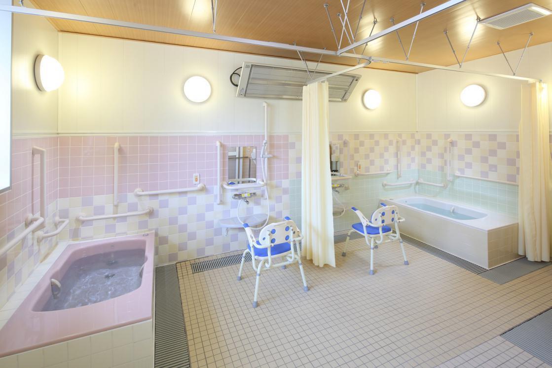 ここち多摩川・大田(介護付有料老人ホーム(一般型特定施設入居者生活介護))の画像(6)1F 浴室