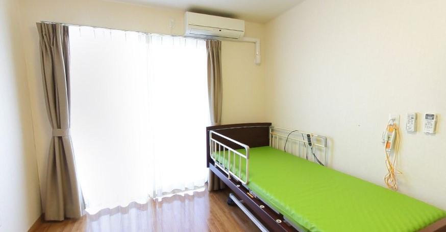 イリーゼ狭山(介護付有料老人ホーム)の画像(8)居室②
