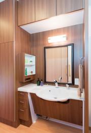 SOMPOケア ラヴィーレ狭山(介護付有料老人ホーム)の画像(12)居室洗面台