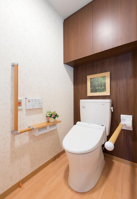 SOMPOケア ラヴィーレ狭山(介護付有料老人ホーム)の画像(13)居室トイレ