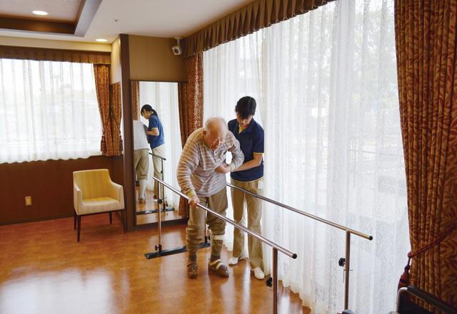 SOMPOケア ラヴィーレ狭山(介護付有料老人ホーム)の画像(20)機能訓練