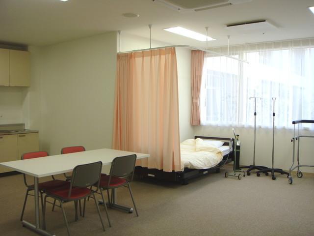 ベストライフ草加(介護付有料老人ホーム)の画像(9)健康管理室