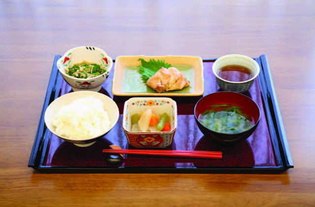 ベストライフ草加(介護付有料老人ホーム)の画像(22)食事の一例