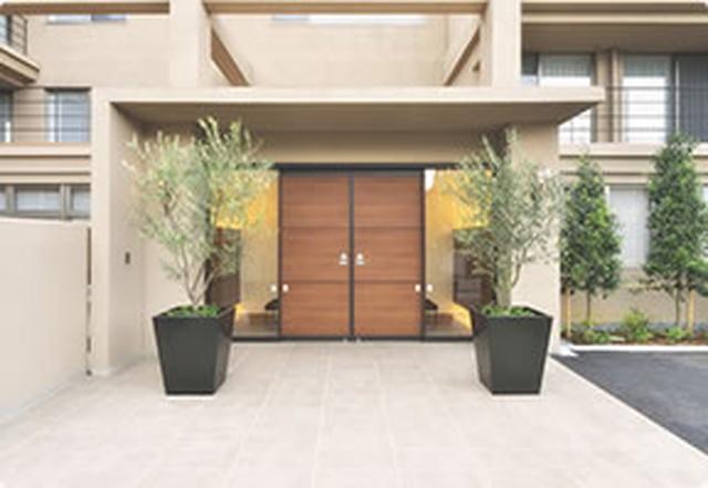 カーサプラチナ草加(介護付有料老人ホーム)の画像(4)正面玄関
