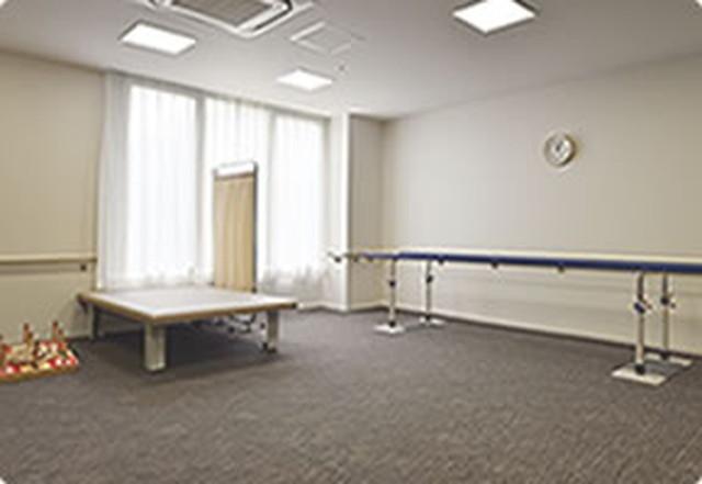 カーサプラチナ草加(介護付有料老人ホーム)の画像(10)機能訓練室