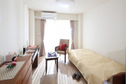 メディカルホームまどか草加(介護付有料老人ホーム(一般型特定施設入居者生活介護))の画像(2)1F 居室イメージ