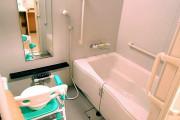 ココファン新座石神(サービス付き高齢者向け住宅)の画像(5)浴室1