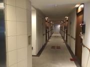 グレイプスウィズ大森西(サービス付き高齢者向け住宅/介護付有料老人ホーム(一般型特定施設入居者生活介護))の画像(9)居室へのアプローチ