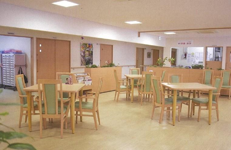 アミカの郷川口(介護付有料老人ホーム)の画像(6)食堂