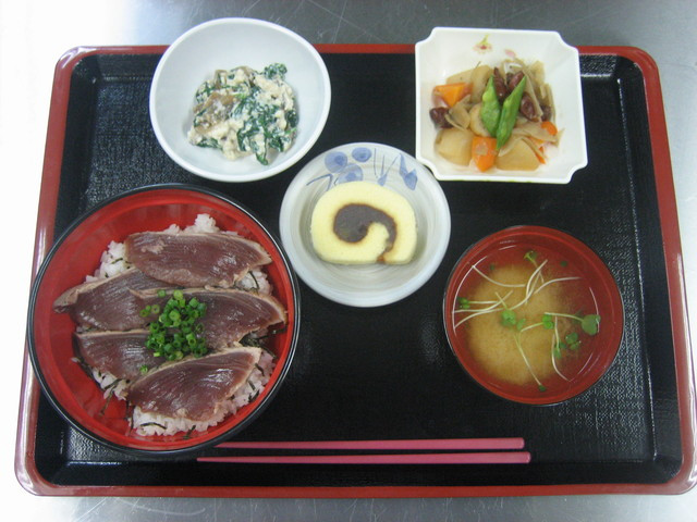 ベストライフ鳩ケ谷(介護付有料老人ホーム)の画像(3)食事2