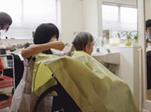 イリーゼ北越谷(介護付有料老人ホーム)の画像(11)理美容サービス
