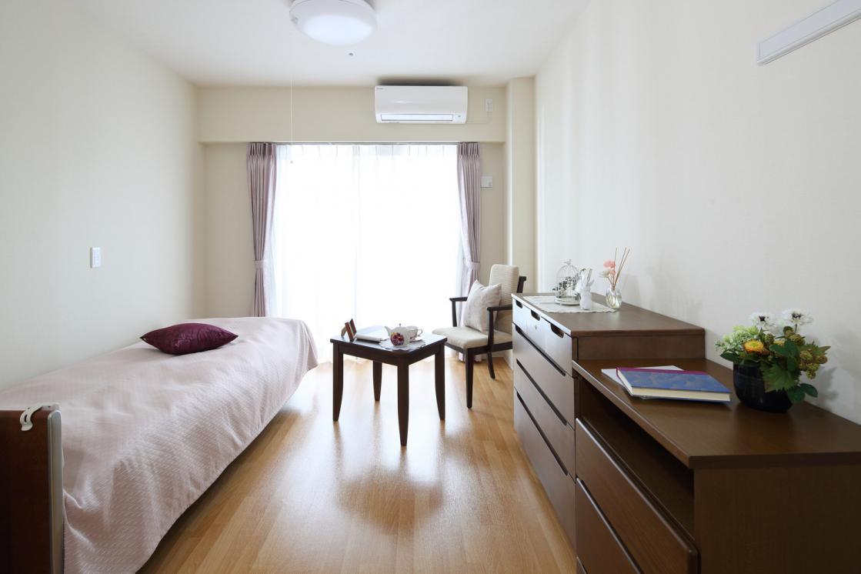 リハビリホームまどか戸田(介護付有料老人ホーム(一般型特定施設入居者生活介護))の画像(2)居室イメージ