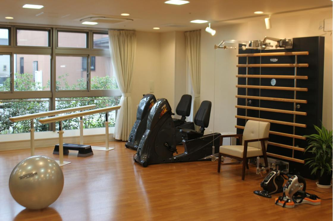 リハビリホームまどか戸田(介護付有料老人ホーム(一般型特定施設入居者生活介護))の画像(9)1F 機能訓練室