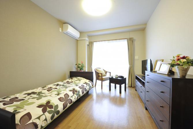 SOMPOケア ラヴィーレ上福岡(介護付有料老人ホーム)の画像(4)居室