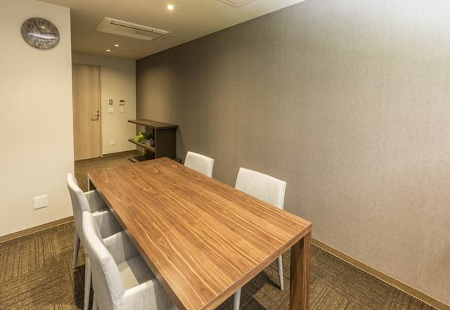 アズハイム川崎中央(介護付有料老人ホーム)の画像(9)応接室です。