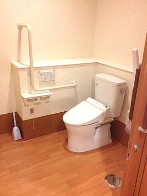 ココファン北本(サービス付き高齢者向け住宅)の画像(4)共有トイレ