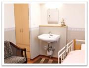 ヒューマンサポート東松山(介護付有料老人ホーム)の画像(5)居室洗面台