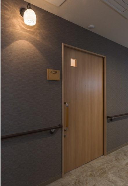 レジデンス足立島根(サービス付き高齢者向け住宅)の画像(10)居室ドア