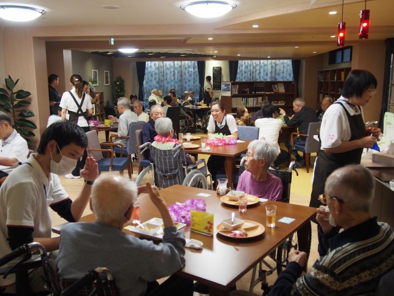 介護付有料老人ホーム 健康倶楽部館ファンコート厚木(介護付有料老人ホーム)の画像(12)フロアの様子