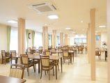 プレザンメゾン横浜鶴見(介護付有料老人ホーム)の画像(2)食堂