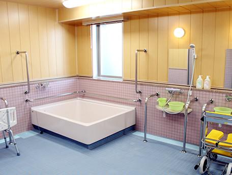 グッドタイムナーシングホーム・東糀谷(介護付有料老人ホーム)の画像(5)浴室