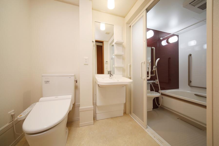 ハイムガーデン立川幸町(サービス付き高齢者向け住宅)の画像(6)居室トイレ・バス