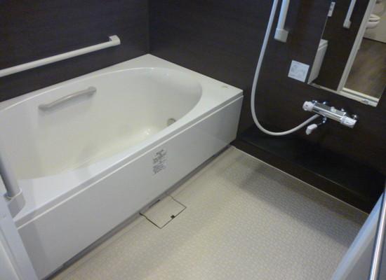 リリーフモア北野(サービス付き高齢者向け住宅)の画像(11)浴室