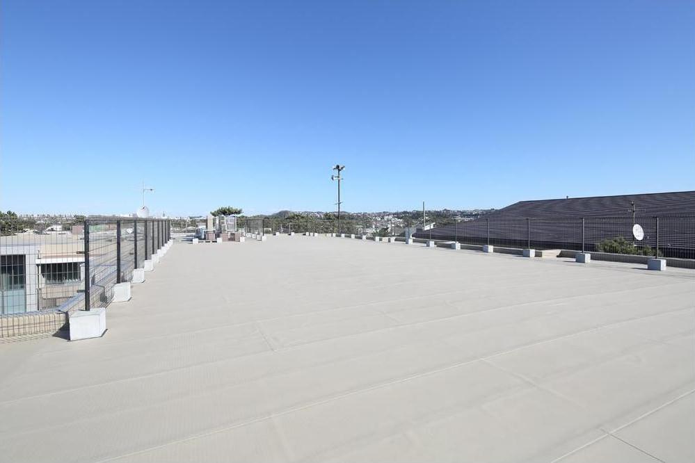 リハビリホームグランダ鵠沼・藤沢(住宅型有料老人ホーム)の画像(10)屋上