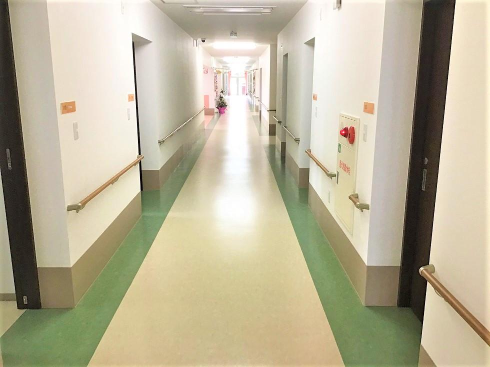 昭和の里 ときがわ別所(介護付有料老人ホーム)の画像(8)廊下