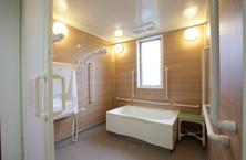 エイジフリーハウス八王子並木町(サービス付き高齢者向け住宅)の画像(3)浴室